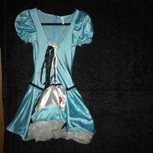 Costumes USA, Alice in Wonderland